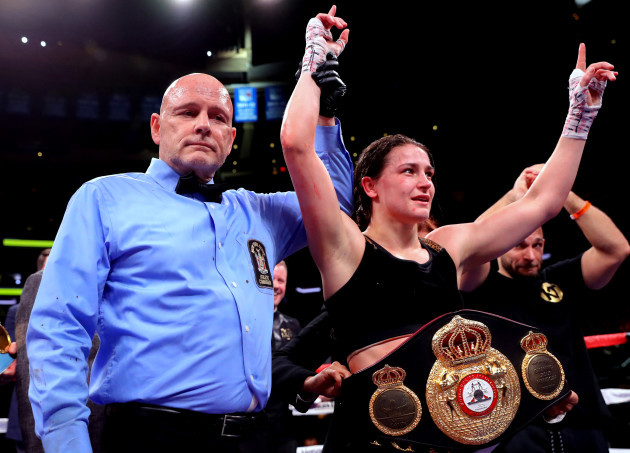Katie Taylor celebrates her victory