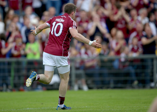 Gary Sice scores the second Galway goal