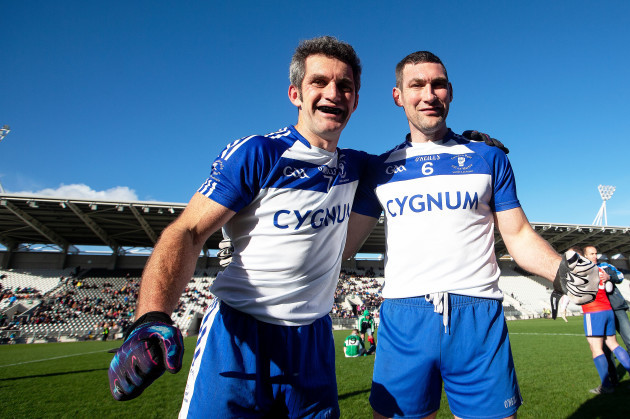 Colm O Laoire and Nollaig O Laoire celebrate winning