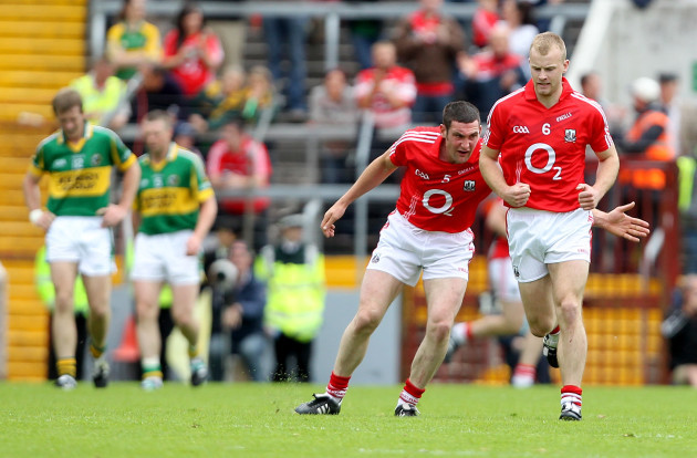 Noel O'Leary celebrates with Michael Shields