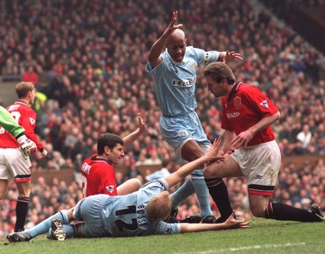 Soccer - FA Carling Premiership - Manchester United v Coventry City
