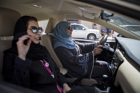 Saudi women hit the road of the Capital