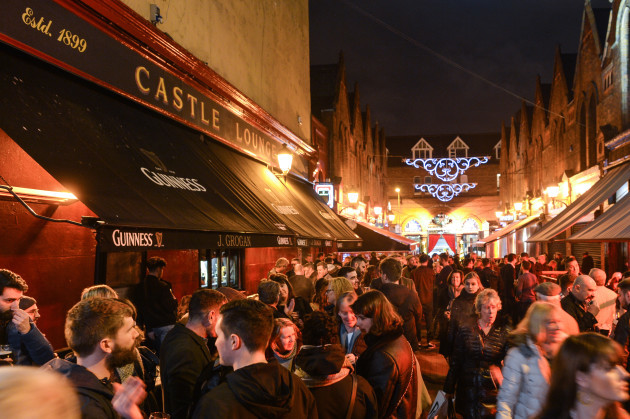 Ireland: The Twelve Pubs of Christmas in Dublin