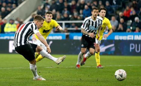 Newcastle United v Blackburn Rovers - Emirates FA Cup - Third Round - St James' Park