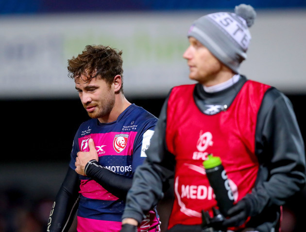 Danny Cipriani goes off injured