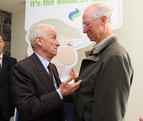 Giovanni Trapattoni speaks with Jack Charlton