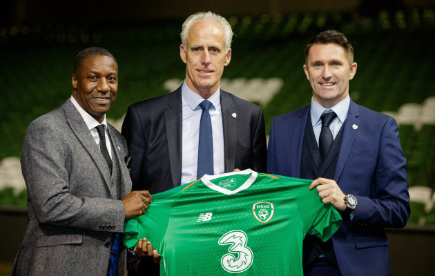 Mick McCarthy with Terry Connor and Robbie Keane