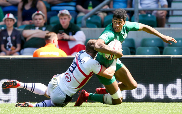 Robert Baloucoune tackled by Stephen Tomasin