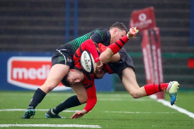 Harry Wall tackles Joshua Fahey