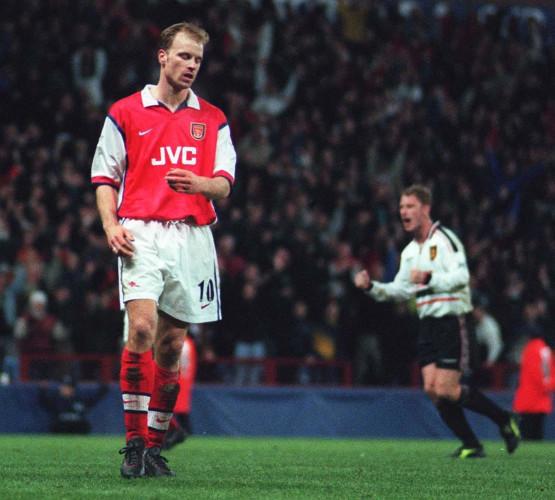 ManU/Arsenal Bergkamp miss