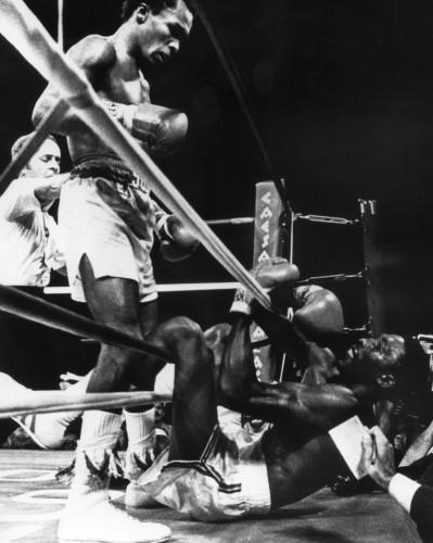 WBC & WBA Welterweight Title Bout - Thomas Hearn v Sugar Ray Leonard - Las Vegas
