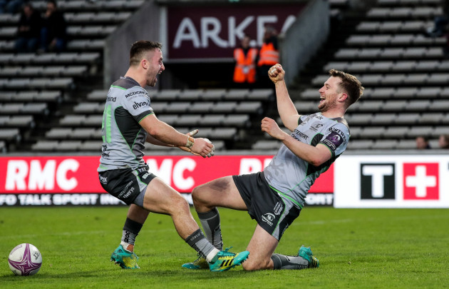 Jack Carty celebrates his try with Caolin Blade