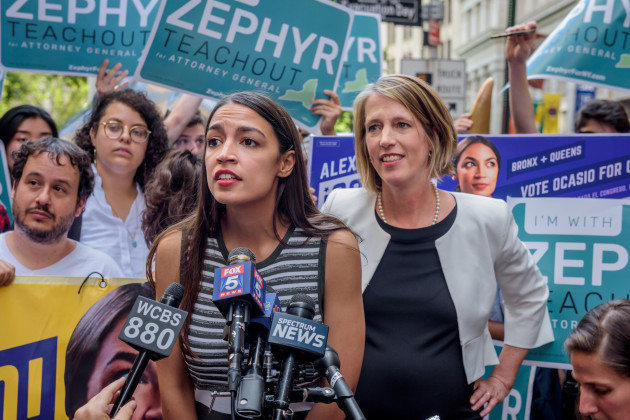 NY: Alexandria Ocasio-Cortez endorse Zephyr Teachout