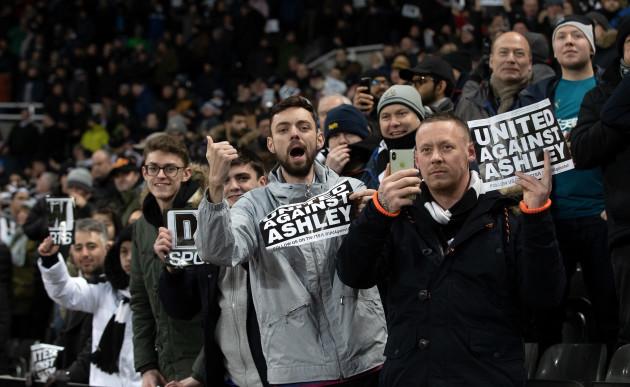 Newcastle Unitd v Manchester City - Premier League - St James' Park