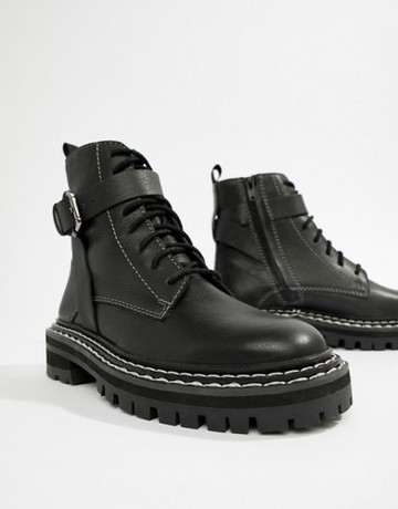 9735504-1-blackleather