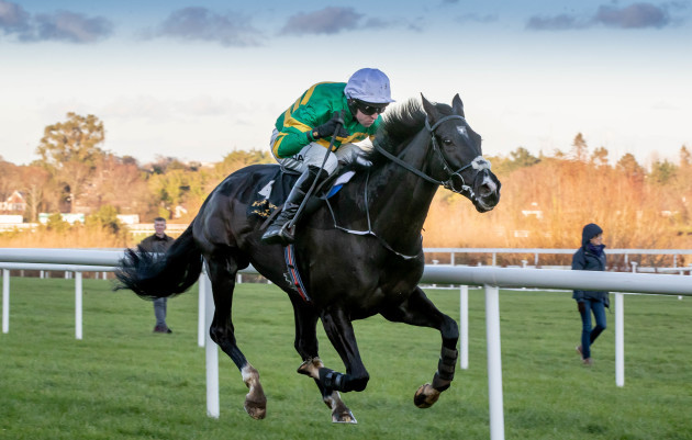 Mark Walsh onboard Le Richebourg comes home to win