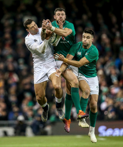 Jonny May with Robbie Henshaw and Conor Murray