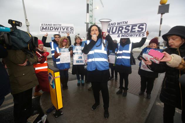 1531 Nurses strike_90563471