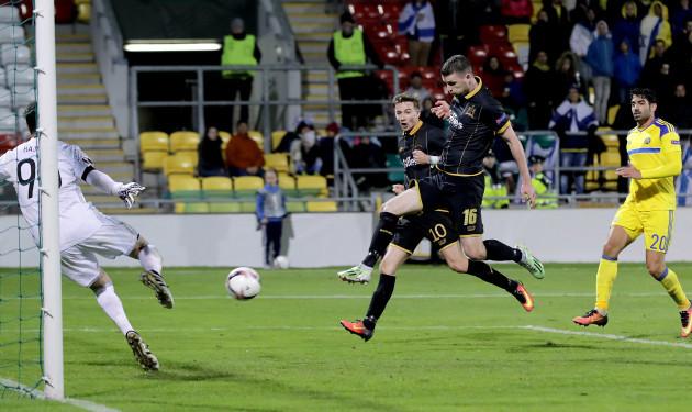 Ciaran Kilduff scores a goal