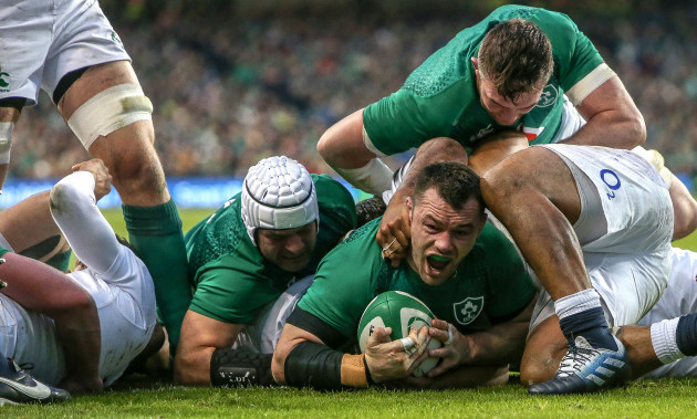 Cian Healy celebrates scoring their first try