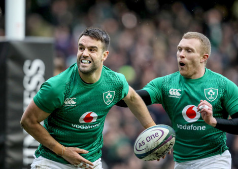 Conor Murray celebrates scoring a try with Keith Earls