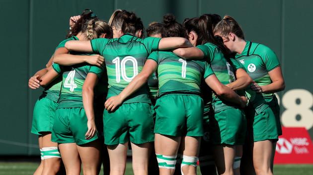 Ireland's team huddle