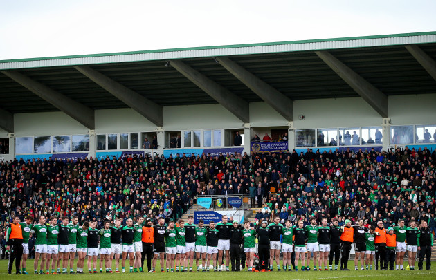 Gaoth Dobhair stand for a minutes silence