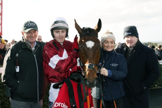 Eddie O'Leary, Keith Donoghue, Louise Magee and Gordon Elliott with Tiger Roll