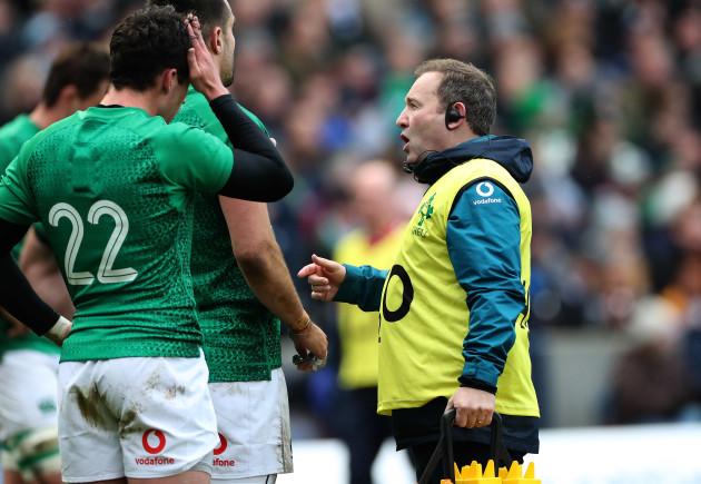 Ireland's kicking coach Richie Murphy