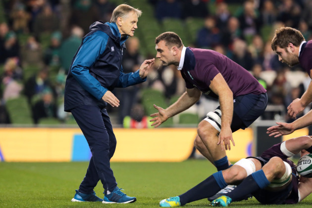Joe Schmidt with Tadhg Beirne ahead of the game