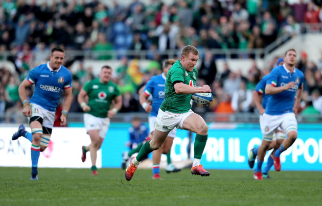 Keith Earls makes a break