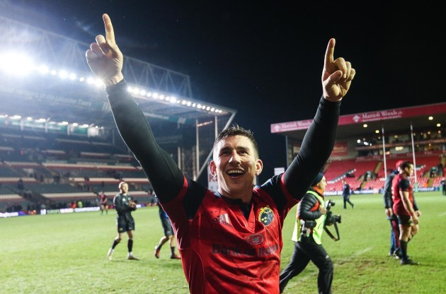 Ian Keatley celebrates after the game 17/12/2017
