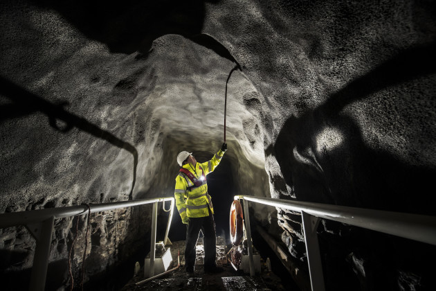 Standedge Tunnel inspection