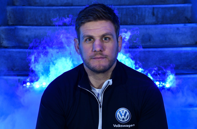 Former International Chris Henry teams up with Volkswagen, a proud partner of Irish Rugby, ahead of Ireland vs France #ReadyForMore.