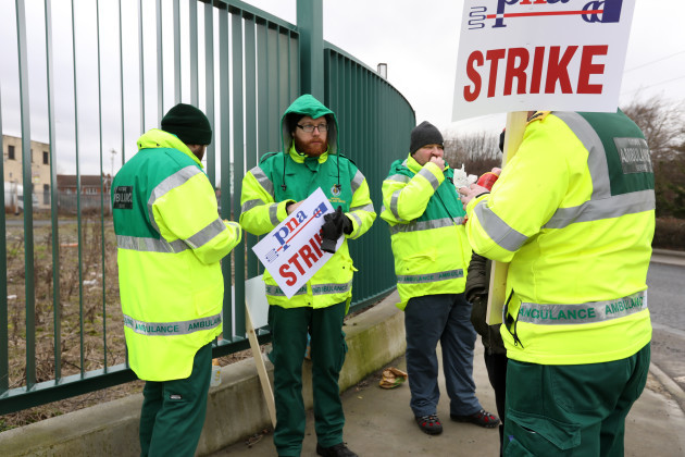 8593 Ambulance strike_90562754