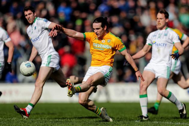 Cillian O'Sullivan scores a point
