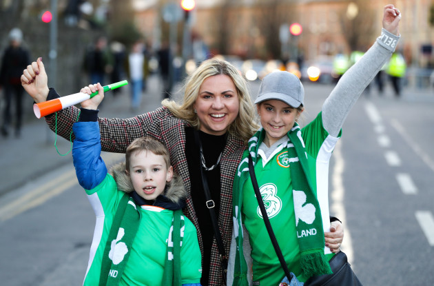 Lochlann, Fidelma and Lilia O'Brien ahead of the game