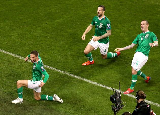 Conor Hourihane celebrate scoring a goal with Shane Duffy and Glenn Whelan