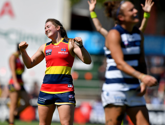 AFLW CROWS CATS