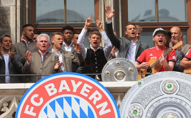 (SP)GERMANY-MUNICH-SOCCER-BAYERN MUNICH-CELEBRATION