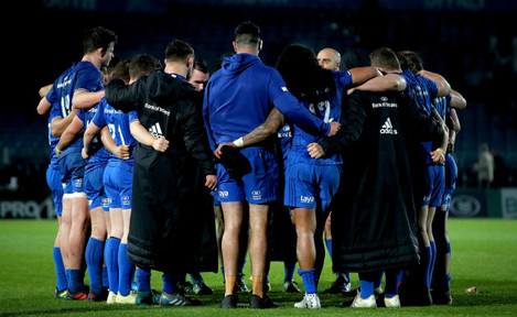 Leinster team huddle