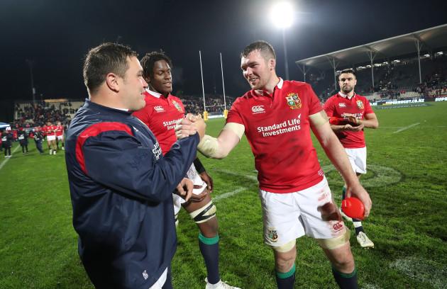 Jamie George, Maro Itoje and Peter O'Mahony celebrate winning