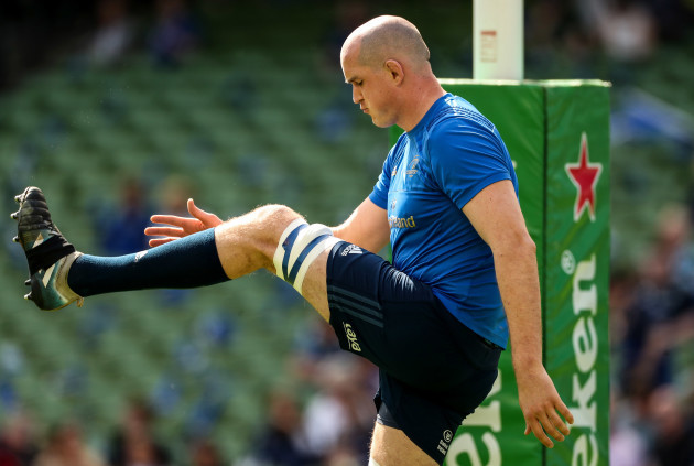 Devin Toner during the warm up