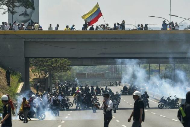 Venezuela: ¿Se puede hablar de un ''golpe'' contra una dictadura?