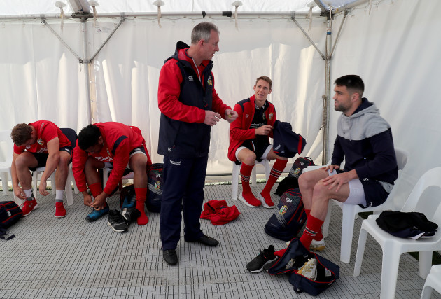 Rob Howley with Liam Williams and Conor Murray