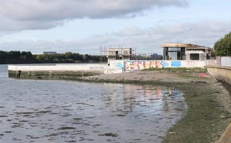057 Clontarf Seawater Baths copy_90521289