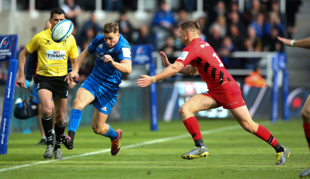 Jordan Larmour chips down the wing