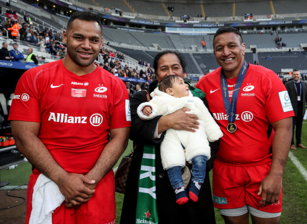 Billy Vunipola and Mako Vunipola celebrate after the game with their family