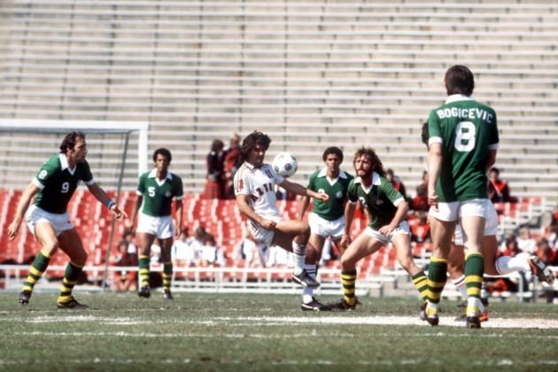 American Soccer - NASL - Los Angeles Aztecs v New York Cosmos