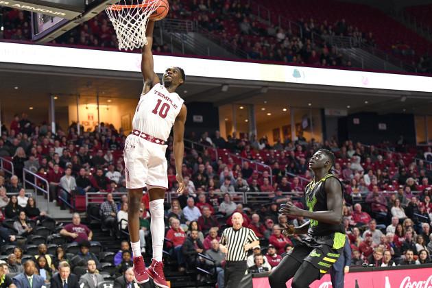 NCAA Basketball 2019 - Temple beat USF 82-80